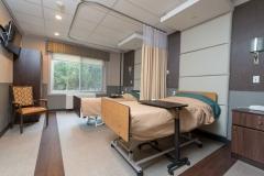 Room (9)